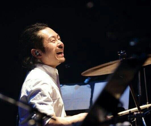 カサメミュージックスクールドラム科、カホン科講師、川原徹也先生の写真