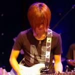 カサメミュージックスクールギター科講師、酒井周平先生の写真