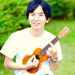 カサメミュージックスクールウクレレ科講師、松葉健大先生の写真