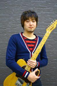 カサメミュージックスクールギター科講師、高井真先生の写真