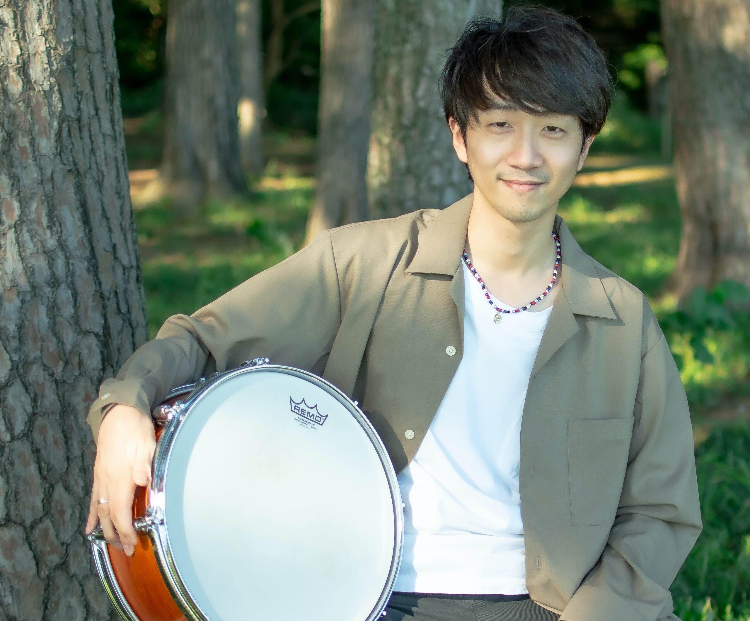 カサメミュージックスクールドラム科講師、yoseei先生の写真